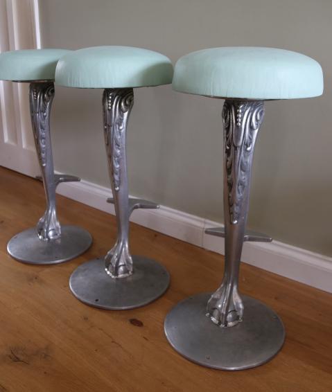 clawfoot stools